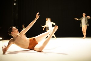Ate9 Dance Company, photo by Rebecah Goldstone