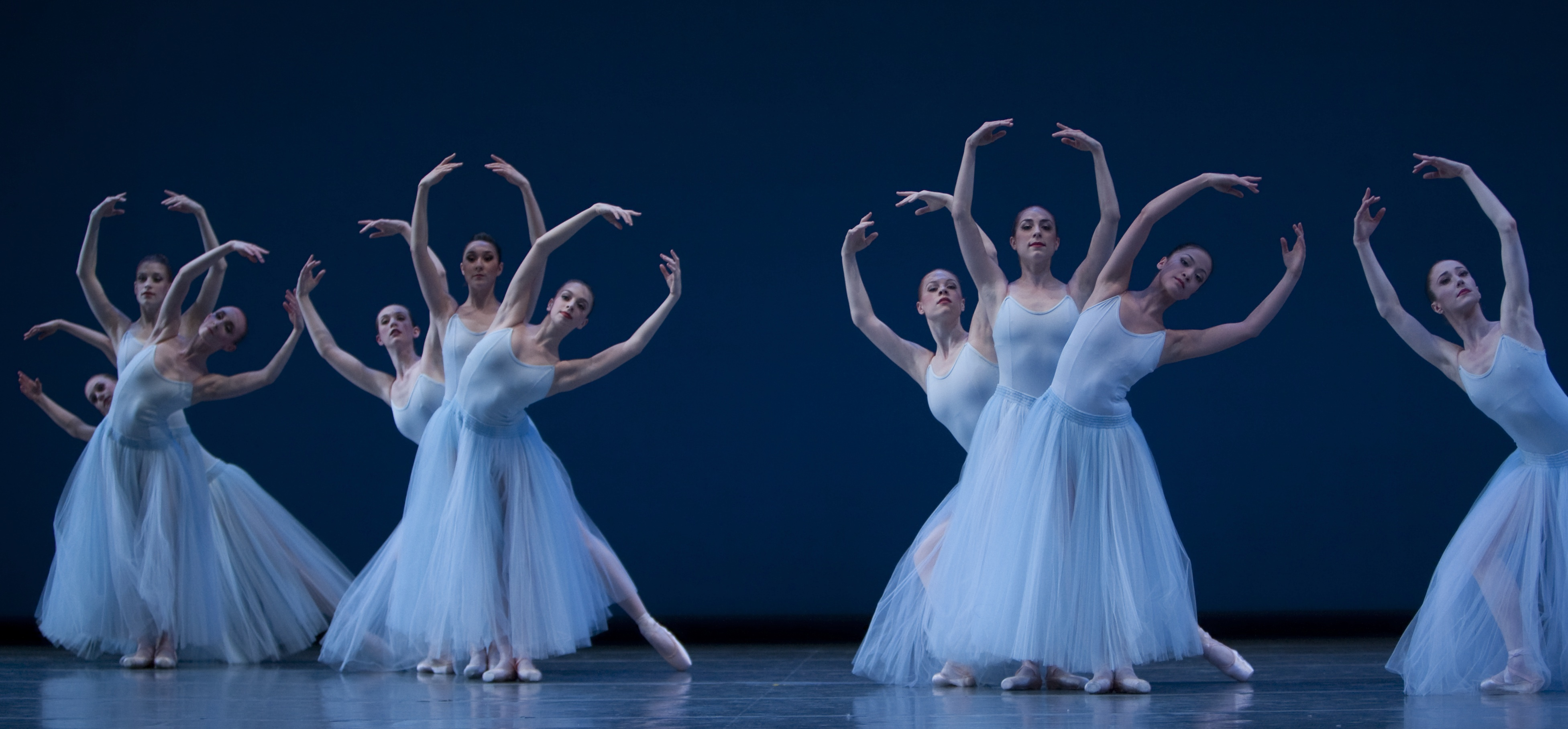 Pacific Northwest Ballet in Serenade © The Balanchine Trust, photo © Angela Sterling