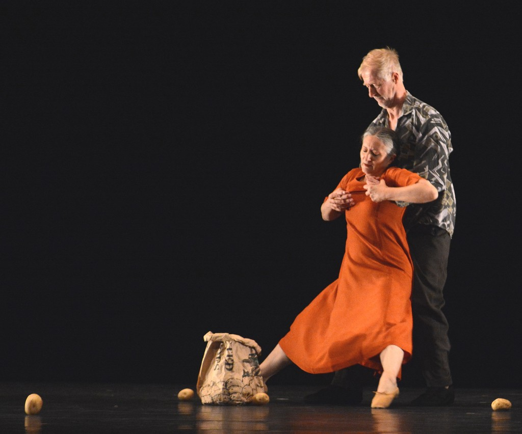 Ana Laguna and Mats Ek in Ek's Potato, photo © John Ross