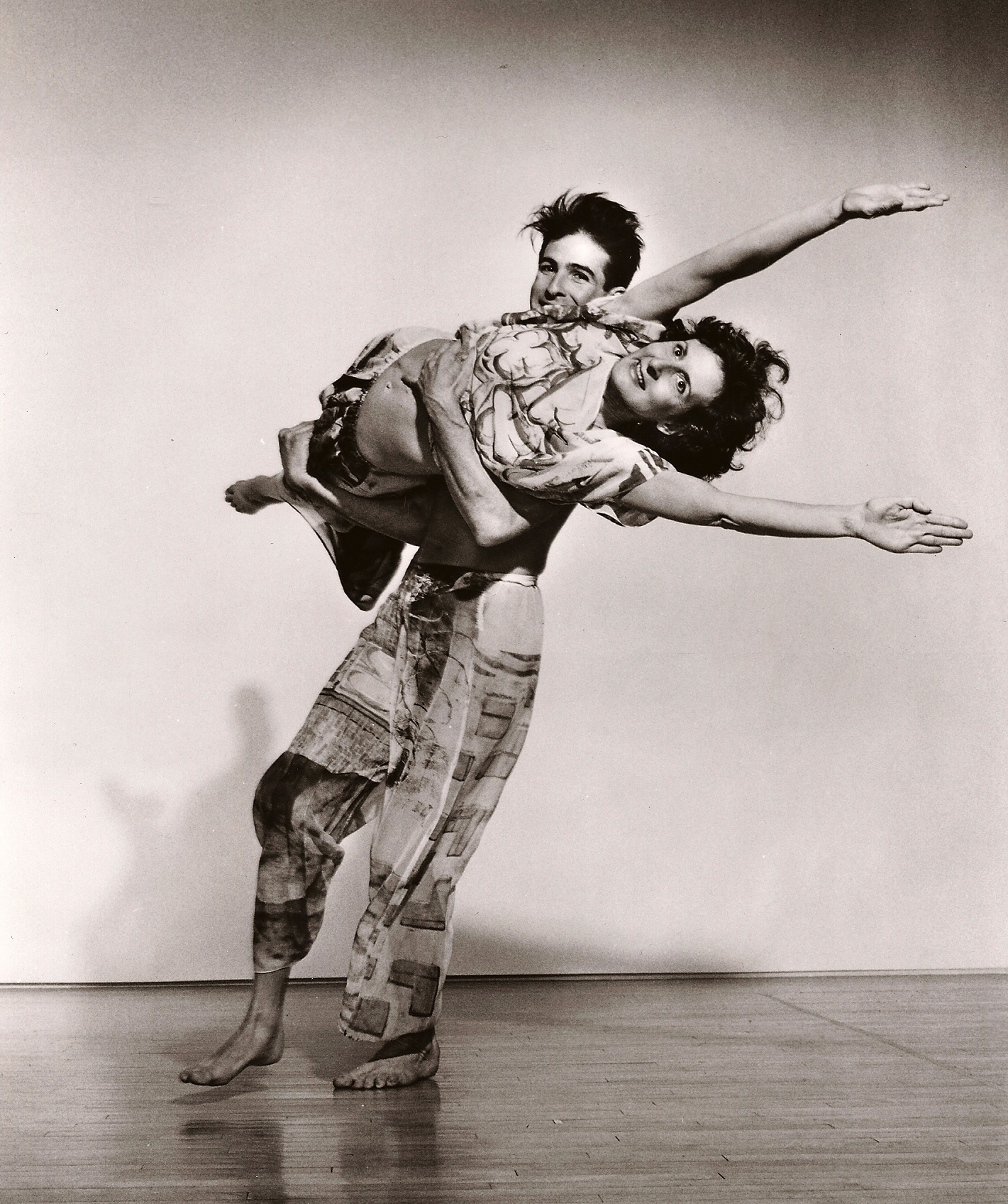 Trisha with Stephen Petronio in Set and Reset, 1983, photo @ Lois Greenfield